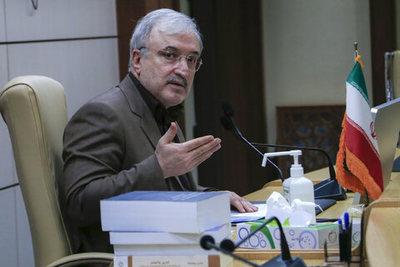 من خاک پای ملت ایران و آماده هرگونه جانفشانی برای ماندگاری یک نظام بزرگ هستم