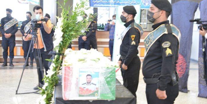 پیکر شهید محمد قائینی نیازآبادی در مشهد تشییع شد